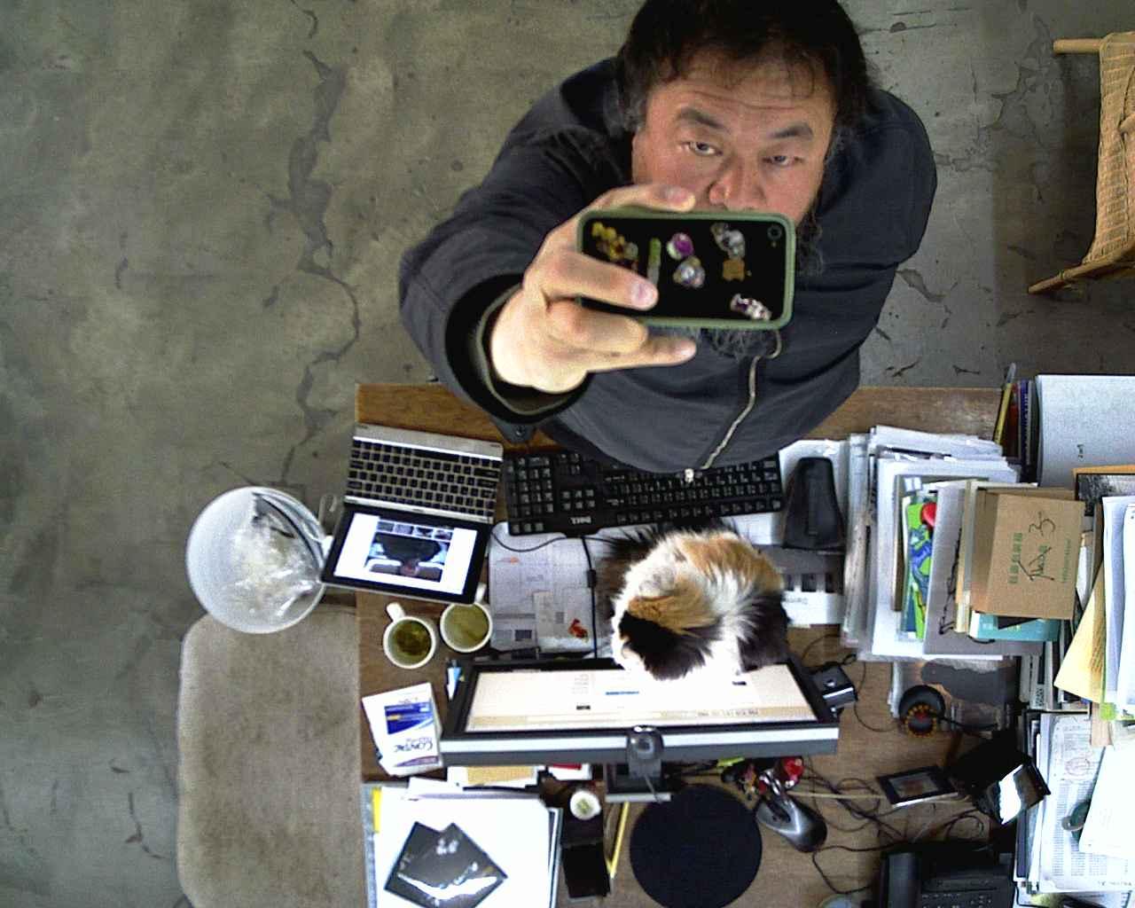 stills-from-weiweicam-which-is-now-offline-2012-2-c-ai-weiwei