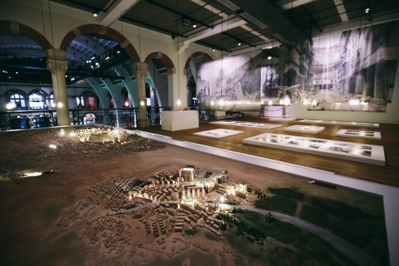 Aleppo_Tentoonstelling_Tropenmuseum_20april2017_(c)_Desir+®vandenBerg_487A7721