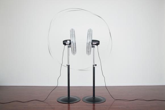 Žilvinas Kempinas, Beyond the Fans, 2013, Collectie kunstenaar, Foto Yusuke Nishimura, via De Kunsthal, Rotterdam