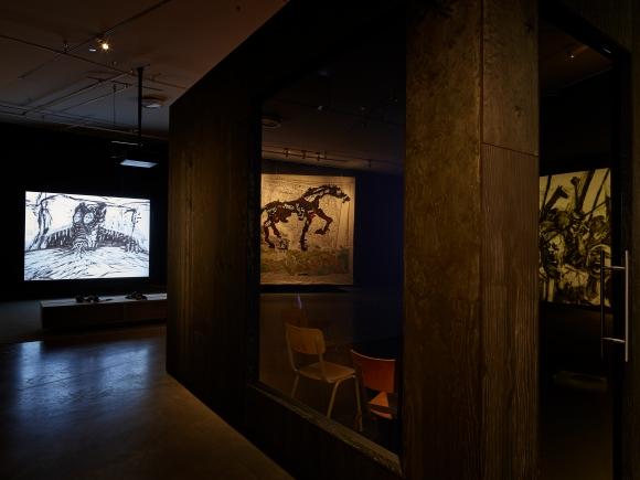 william_kentridge_ten_drawings_for_projection_eye_filmmuseum_amsterdam_2019_cstudiohanswilschutcf004743.jpg