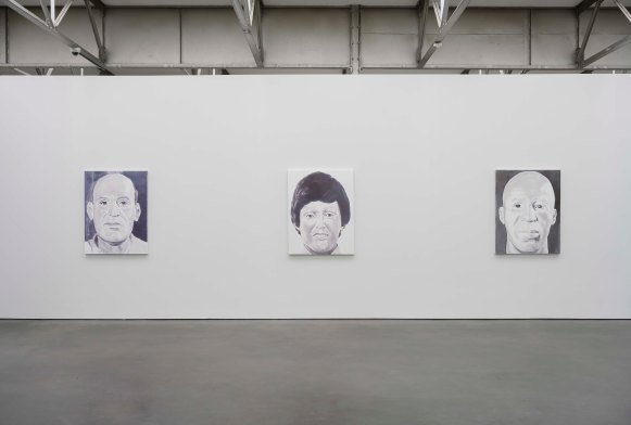 Luc Tuymans_The Return_zaaloverzicht met_installation with Anonymous II,VI,V_photo Peter Cox.jpg